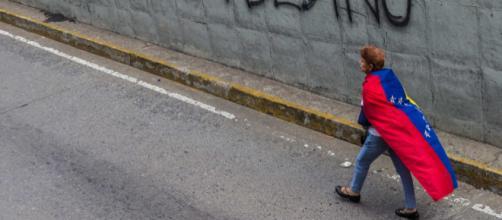 Comienza paro de 48 horas convocado por oposición venezolana