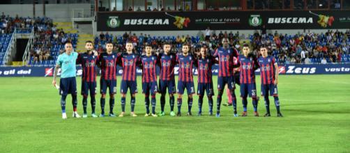 La squadra del Crotone, formazione di Serie B
