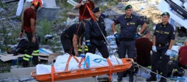 Crollo del ponte, 43 vittime accertate