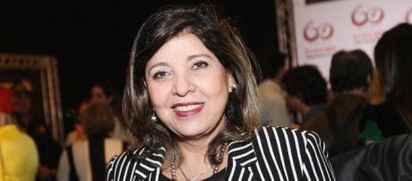 Roberta Miranda faz campanha a favor da mamografia