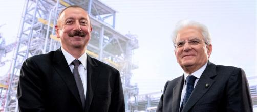 Il presidente dell'Azerbaigian Ilham Aliyev con il presidente italiano Sergio Mattarella (ufficio stampa presidenza della Repubblica Italiana)