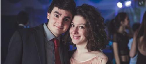 Guasto meccanico sull'A1: travolti due fidanzati di 22 e 23 anni che perdono la vita