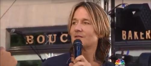 Keith Urban didn't stay dry for long during his packed 'Today' show performance. [Image Source: TODAY - YouTube]