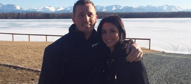 Bristol Palin poses with husband Dakota Meyer before their split. [Image Source: bsmp2/Instagram]
