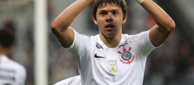 Romero comanda vitória corintiana sobre a Chapecoense