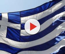 """Grecia: da oggi stop agli aiuti della """"Troika"""": la nazione fuori dagli aiuti economici per combattere la crisi"""