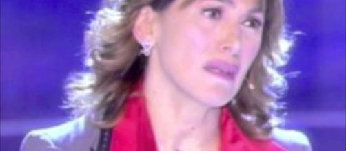 Barbara D'Urso col volto sanguinante: si tratta solo di una scena dal set de 'La Dottoressa Giò 3'