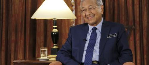 MALASIA/ Primer ministro espera que China entienda sus 'problemas fiscales'