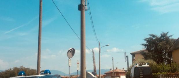 I Carabinieri e il Nucleo Scientifico della Polizia di Stato proseguono con gli accertamenti.