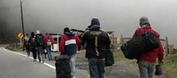 La hazaña de los venezolanos que migran a pie a Colombia