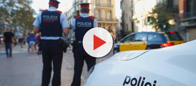 Los Mossos abaten a un sospechoso cuando entraba armado con un cuchillo en una comisaría