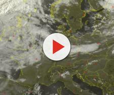Il Ciclone Ernesto sfiora l'Italia.