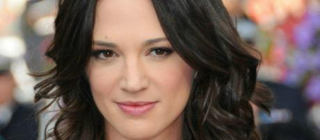 Asia Argento sull'accusa di abusi: 'Non ho mai avuto una relazione sessuale con Bennet'.