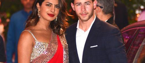 Priyanka y Nick Jonas festejan una pre boda según la tradición hindú en Bombay