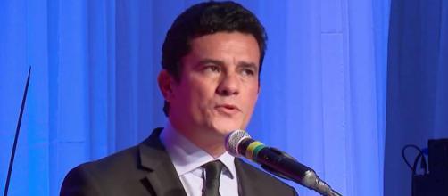 Sérgio Moro fala em situação de urgência ao se defender no CNJ