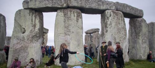 Stonehenge is a monument to penises, archaeologist claims - nypost.com