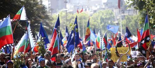 CHILE/ Ministro de cultura dimite por pensar que se tergiversa la historia de Pinochet