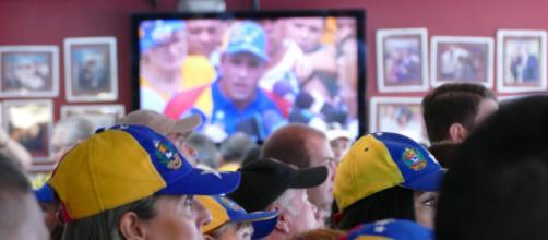 VENEZUELA/ Los inmigrantes venezolanos tienen restricciones al ingresar a otro país