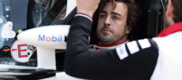Alonso y Toyota ganan en la pista y pierden en la mesa de comisarios