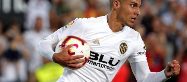 El Valencia y el Atlético de Madrid están igualados a un gol en el debut de la Liga