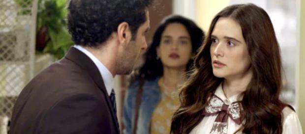 Emílio acaba sendo atropelado após dar um beijo em Marocas