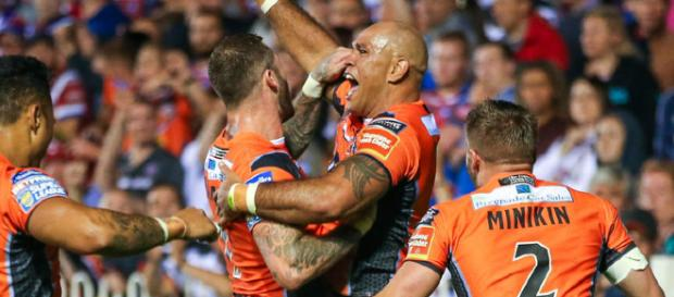 Webster scores a try in Castleford's victory over Wakefield in August '17 which confirmed their first-placed finish. Image Source - skysports.com