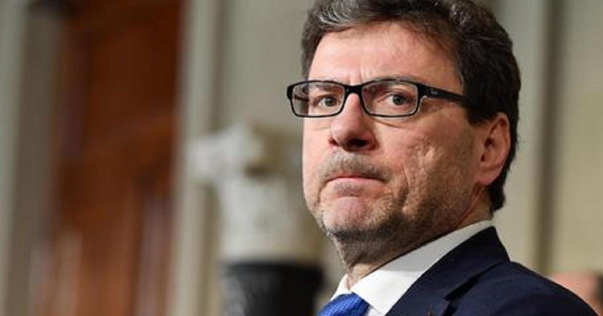 Giorgetti dichiarazione inaspettata 39 il parlamento non for Parlamento ieri