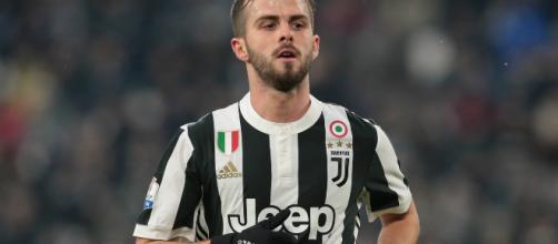 Mercado de fichajes: Miralem Pjanic firma una renovación de contrato con la Juventus FC