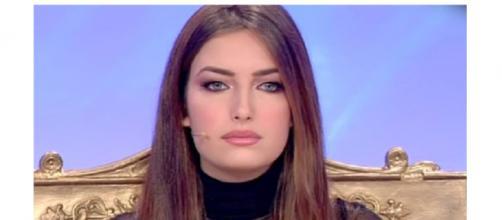 Gossip Uomini e Donne: Nilufar Addati potrebbe ritrovare Nicolò F. a T.I. VIP.
