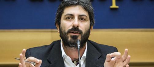 Roberto Fico: 'Fate scendere le 177 persone dalla nave Diciotti'