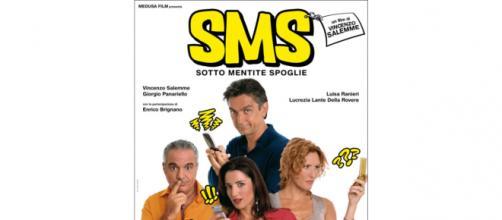 SMS, sotto mentite spoglie, il film di e con Vincenzo Salemme