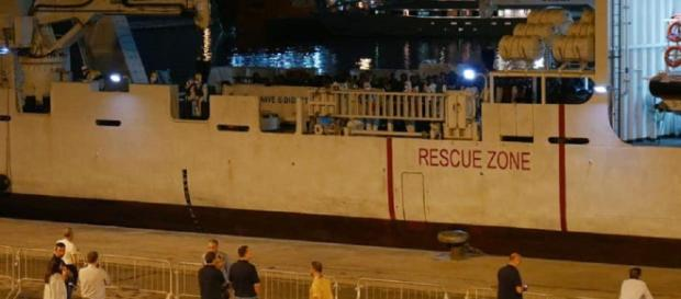Nave Diciotti: i 29 minori a bordo possono sbarcare