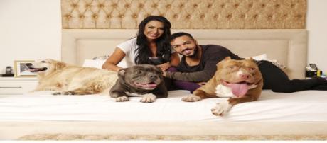 Belo, Gracyanne com os seus cachorros