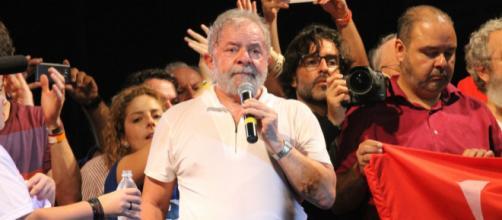 Lula não disputará eleição de 2018, segundo determinação do Tribunal Superior Eleitoral