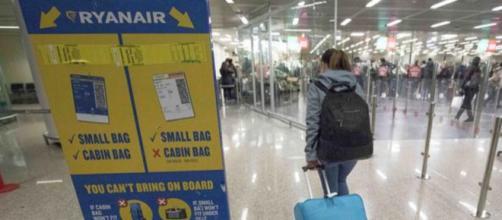 Nuove regole Ryanair, si pagherà il secondo bagaglio