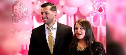 TLC Counting On stars Jinger Duggar Vuolo and Jeremy Vuolo celebrated wedding anniversary. [Image Source: Duggar Family Breaking News - YouTube]