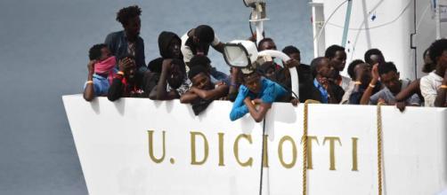 Migranti, nuovo scontro Italia-Europa sul caso Diciotti