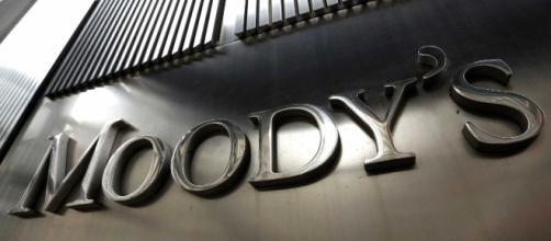 Moody's rebaixa previsão de crescimento do PIB do Brasil.