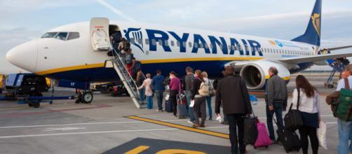 Rivoluzione bagagli a mano sui voli Ryanair: da oggi niente più ... - gds.it