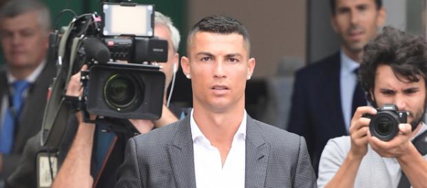 Meglio Ronaldo o Neymar? E' scontro tra due operai.