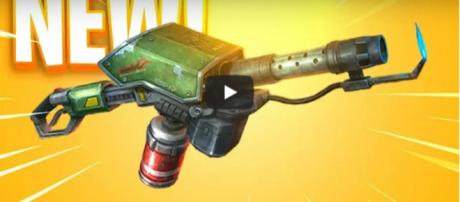 The new weapon is likely to be added in Fortnite BR. [Image source: HollowPoiint/YouTube]
