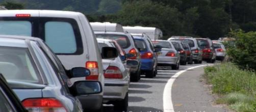 Traffic congestion on M6 could cause problems for Rugby Challenge Cup fans.- Image credit - Jim Champion | Geograph.org