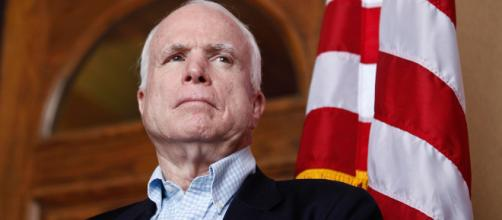 Senator John McCain passes away after battle with cancer. CNN - YouTube