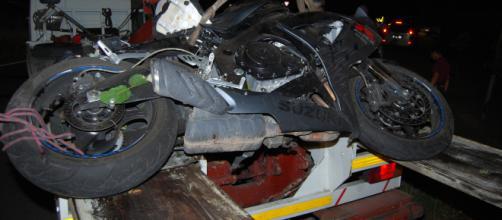 Calabria, grave incidente stradale: grave giovane. (foto di repertorio)