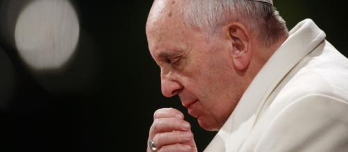 Grave denuncia contra el papa Francisco: lo acusan de encubrir los abusos de menores