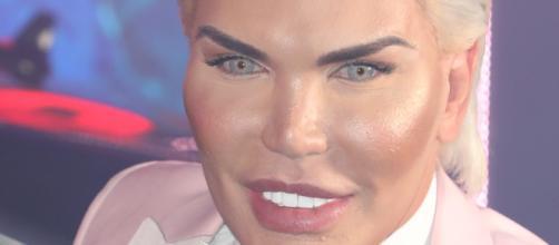 Human Ken Doll' Rodrigo Alves removed from 'Celebrity Big Brother ... - canoe.com