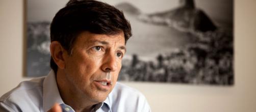 João Amoêdo chega em terceiro em pesquisa espontânea do BTG