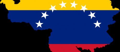 Venezuela vive pior momento de instabilidade, com previsão de até 1000% de inflação.