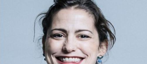 Victoria Atkins draws criticism from transgenders - Image Official portrait of Victoria Atkins | UK Parliament