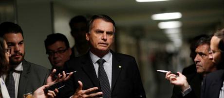 Bolsonaro será julgado nesta terça (28) por acusação de crime de racismo